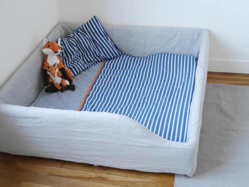 litchi le lit au sol et nous. Black Bedroom Furniture Sets. Home Design Ideas